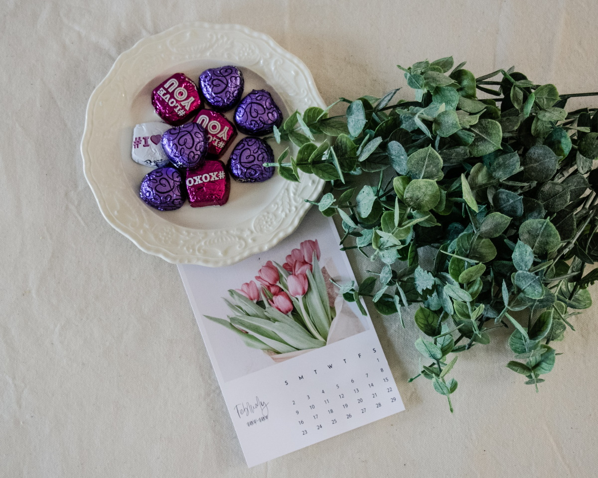 Calendar, flowers, candy, Valentine's Day
